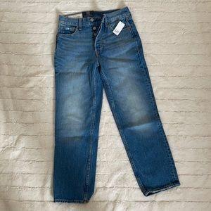 (NWT) GAP Cheeky High-Rise Straight Jeans
